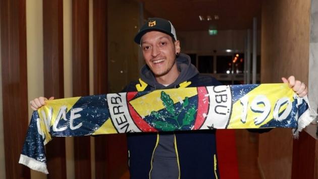 Fenerbahçe'den KAP'a Mesut Özil açıklaması!