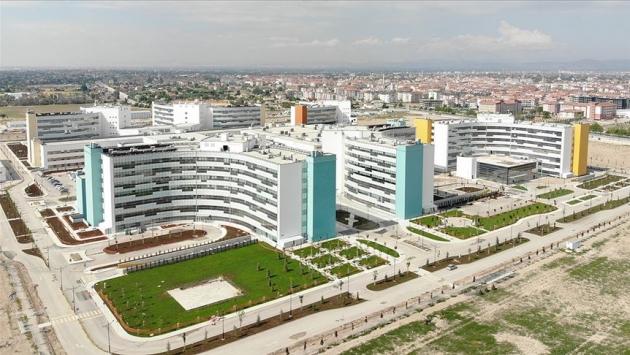 Şehir hastanelerinin 4 yıllık kirası ile 500'er yataklı 63 hastane yapılabilirdi