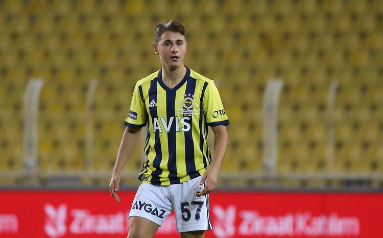 Fenerbahçe, Eyüp Akcan'ı Tarsus İdmanyurdu'na kiraladı
