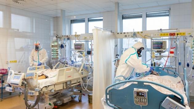 Koronavirüsten 80 kişi hayatını kaybetti, 7 bin 857 yeni vaka tespit edildi
