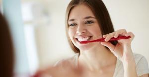 Dişlerin Hangi Sıklıkta Fırçalanması Gerekir