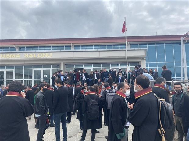 kobane-davasi-durusmada-gerginlik-avukatlar-mahkeme-salonunu-terk-etti-868987-1.