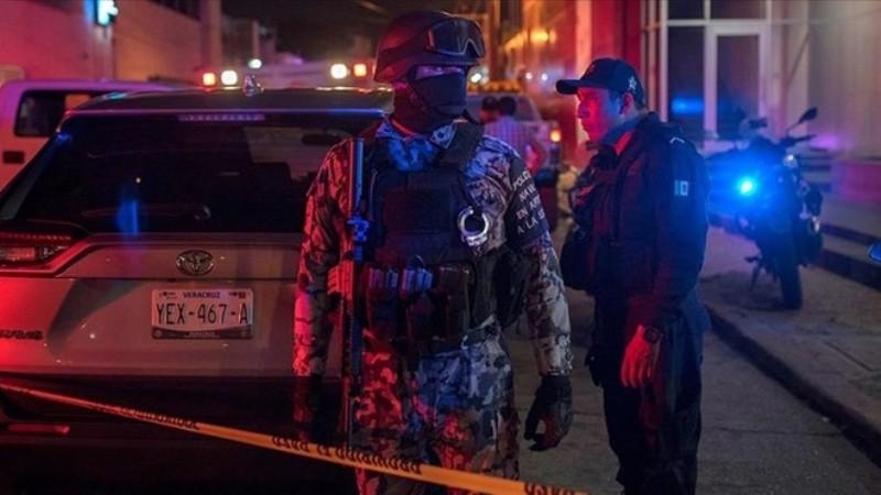 Meksika'da partiye baskın: 8 kişi öldürüldü